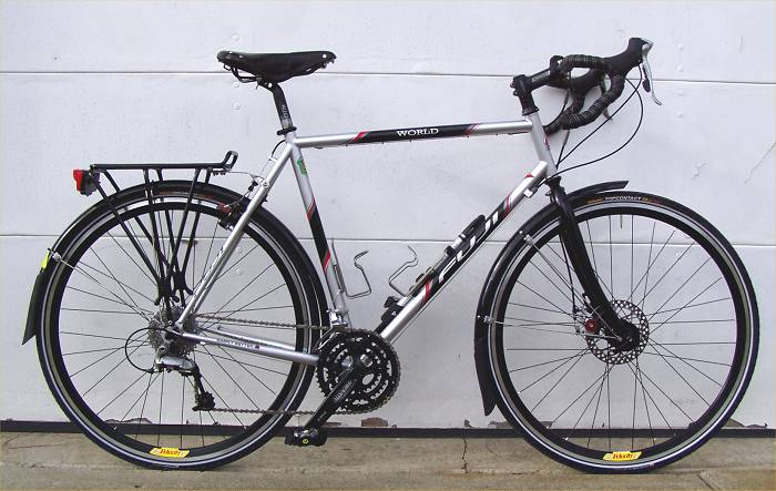 Commuter Bikes With Disc Brakes Fuji World touring bike